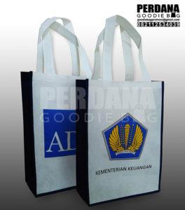 Goodie Bag Murah Bahan Spunbond