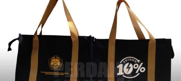 Contoh Goodie Bag Seminar Kanvas