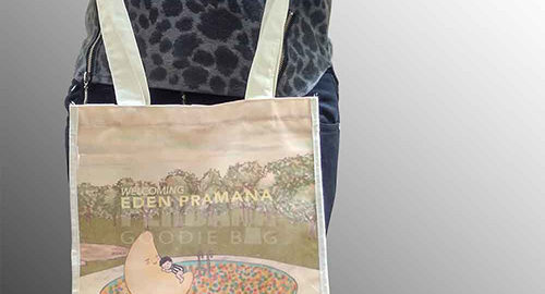 goodie bag full print bahan blacu
