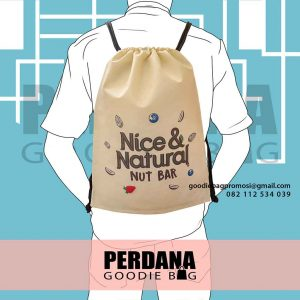 Goodie bag model serut bahan spunbond Q5674P