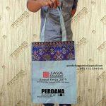 Tas Kanvas kombinasi batik dengan desain sablon Custom