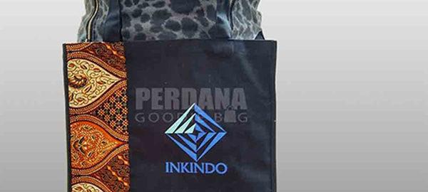 tote bag kanvas dengan batik dan sablon custom