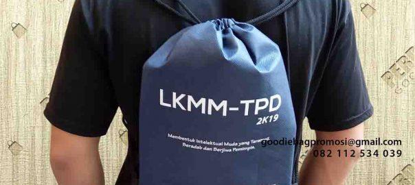 contoh drawstring bag spunbond di Semarang by Perdana id5057
